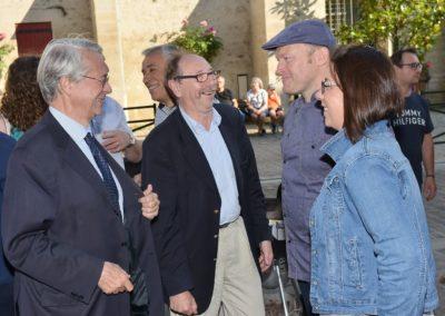 Conversation pendant Inauguration Boucherie Abbaye